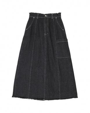 ブラック フリンジデニムAラインロングスカートを見る