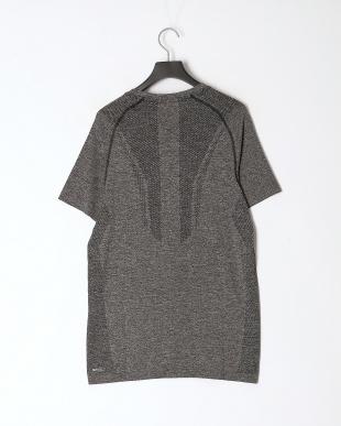 PUMA BLACK トレーニング EVOKNIT SS Tシャツを見る