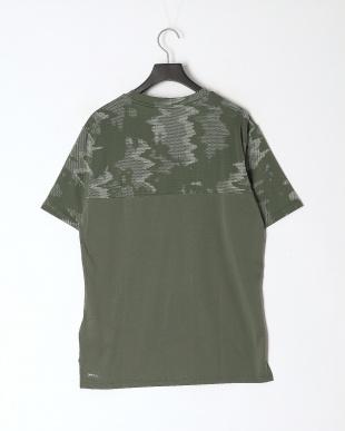 THYME-Q4 AOP トレーニング AOP ベント SS Tシャツを見る