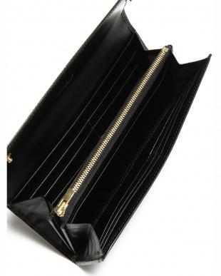 ブラック クリスペルカーフ 長財布を見る