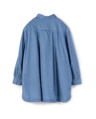 ライトブルー [柔らかテンセル]デニムピンタックシャツチュニックを見る