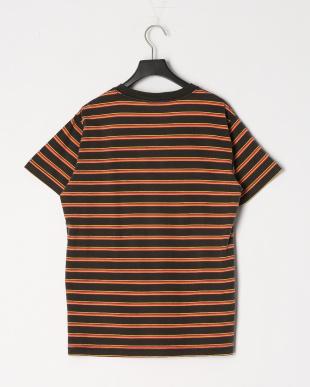 BLK ハンソデ Tシャツを見る
