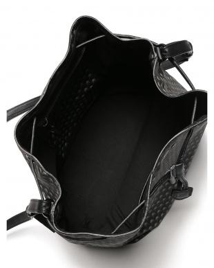 ブラック/ブラック ショルダーバッグを見る