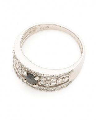ホワイトゴールド K18WG ブラックダイヤモンド0.30ct ダイヤモンド0.52ct リングを見る