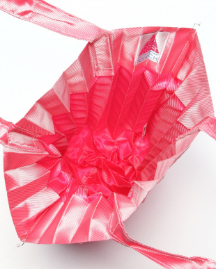 ピンク PLEATS BAGを見る
