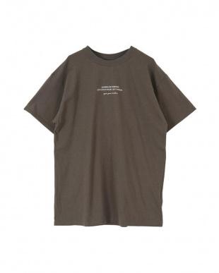 チャコール フォトプリントオーバーサイズTシャツを見る