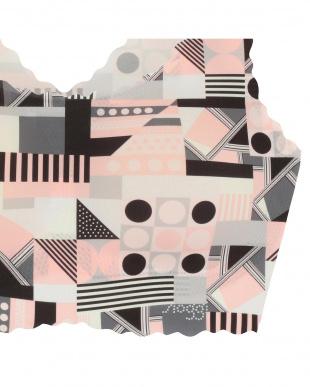 ピンク(マルチ幾何柄) sloggi G046 N-Top5  スロギー ゼロ フィールG046 カップ付きハーフトップ5を見る