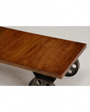 ローテーブルを見る