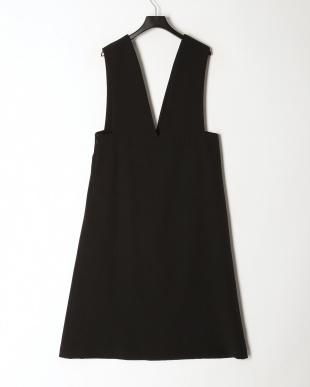 ブラック Vネックジャンパースカートを見る
