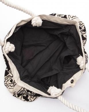 ロープハンドル刺繍バッグ ホワイトを見る