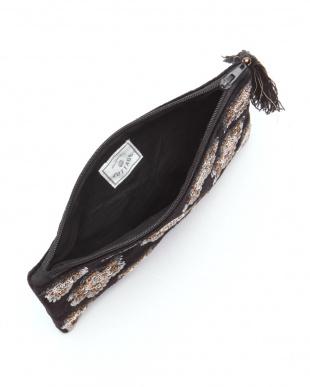 ビーズ刺繍フラットポーチ ブラック&ビーズ刺繍ポーチ ブラックを見る