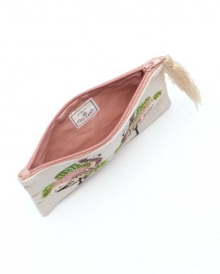 フラミンゴ刺繍フラットポーチ ベージュを見る
