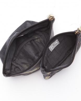 コットンベロアハニカム刺繍フラットポーチ ブラック&マチ付きポーチ ブラックを見る