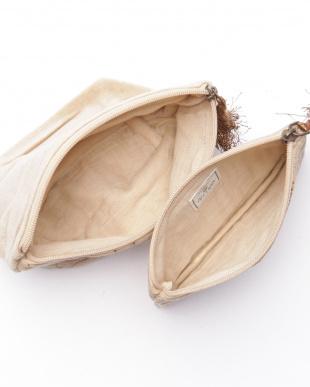 コットンベロア刺繍フラットポーチ ベージュ&マチ付きポーチ ベージュを見る