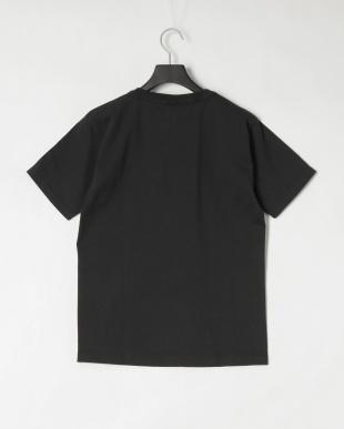 ブラック NYU 半袖 Tシャツを見る