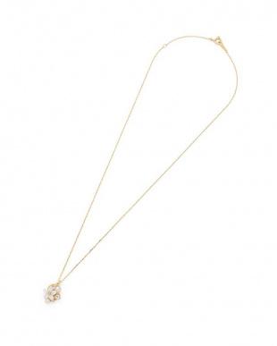 イエローゴールド K10YG 白蝶貝 淡水パール ホワイトトパーズ ネックレスを見る