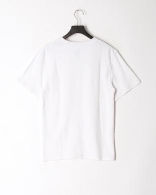 オフホワイト レギュラーフィット 胸ポケットTシャツを見る