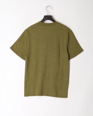 オリーブ レギュラーフィット Tシャツを見る