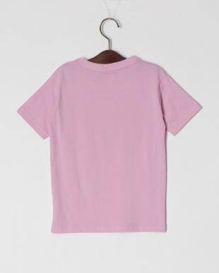 ピンク 半袖Tシャツを見る