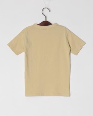 ベージュ 半袖Tシャツを見る