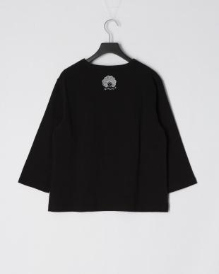 ブラック スカラーナイン柄七分袖Tシャツを見る