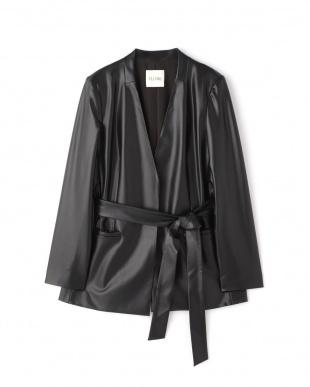 ブラック ノーカラーベルテッドジャケット FLOMLを見る