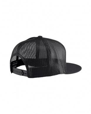 Black / White Team Trucker Hatを見る