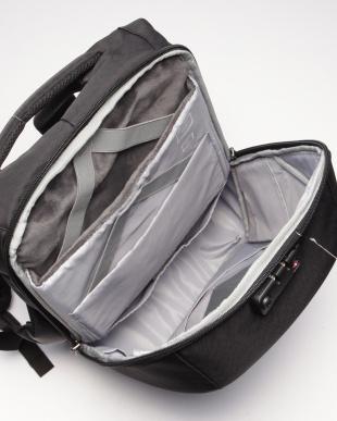 ブラック KORIN DESIGN CLICK PACK JOY 盗難対策機能/USBポート搭載 バックパックを見る