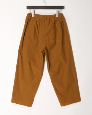 TR05/LT.BROWN パンツを見る