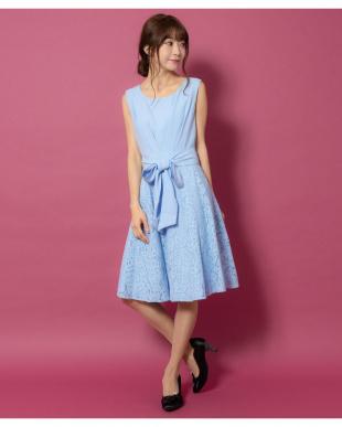 サックス バックスピンドール付ドレス(8R04-11043)を見る