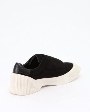 BLACK verclo sneakerを見る