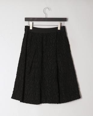 ブラック フラワーカットジャカードフレアスカートを見る