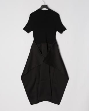 Black ニット+布帛ベルト付きハーブスリーブワンピースを見る