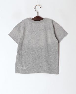 グレー メッセージTシャツを見る