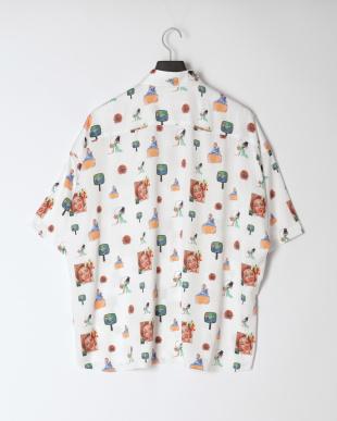 ホワイト プリント 半袖シャツを見る