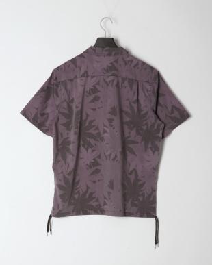 黒系柄物 プリントハーフジップシャツを見る