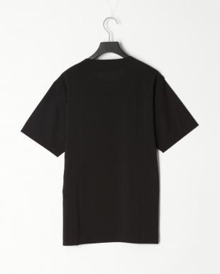ブラック ハーフストライプ スリット Tシャツを見る