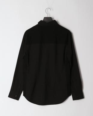 ブラック コンビシャツを見る