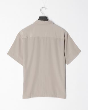 グレージュ ポリムジオープンシャツを見る