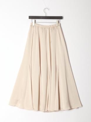 21 スーパーフレアサテンスカートを見る