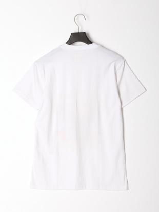 ホワイト イーグルプリントTシャツを見る
