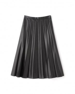 ブラック プリーツスカート FLOMLを見る