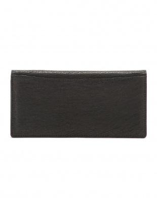 ブラック シャークレザー 日本鞣し染色 フラップ 長財布を見る