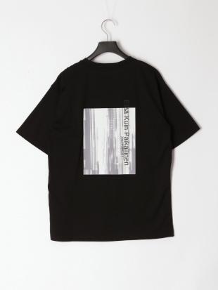 ブラック ニュアンス転写プリントTシャツを見る