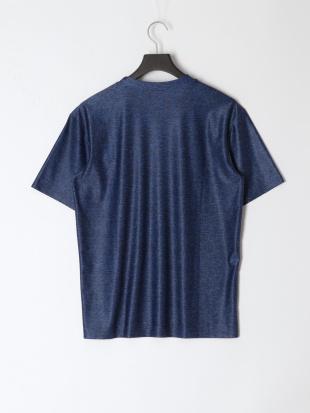 NV ラッシュTシャツを見る