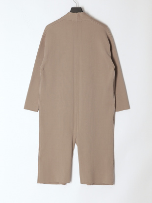 BEIGE outerを見る