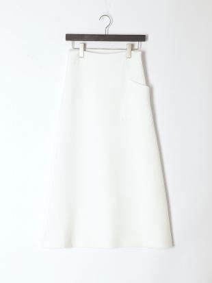 WHITE skirtを見る
