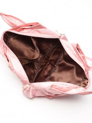 ベージュ リボンツキトートバッグを見る