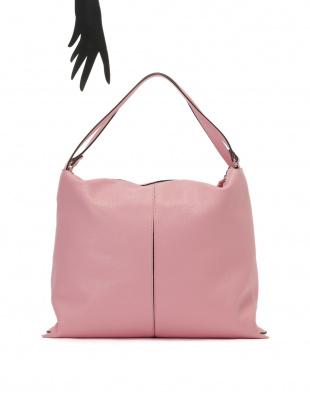 ピンク レザー バッグを見る