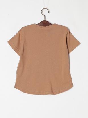 ブラウン 半袖ロゴTシャツを見る